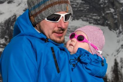 Outdoorjacke für das Tragen von Babies und Kindern sowie Schwangerschaftsjacke
