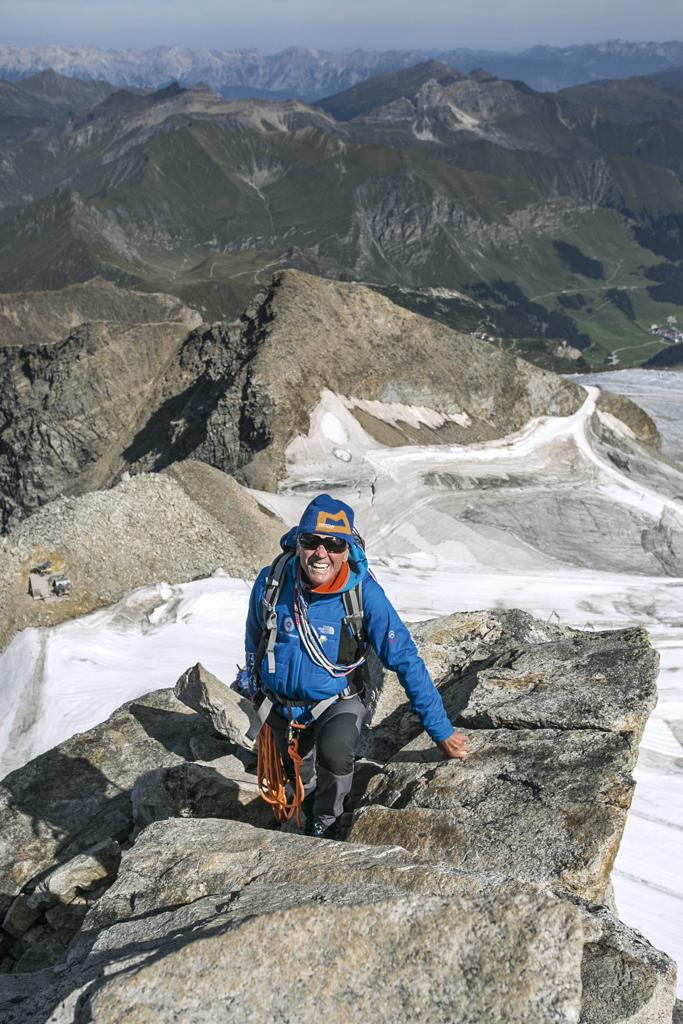 Bergsteigerlegende Peter Habeler auf seinem Hausberg, Olperer