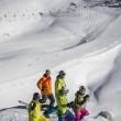 Die bunte Telemark Szene genießt viel Pulver am Hintertuxer Gletscher.